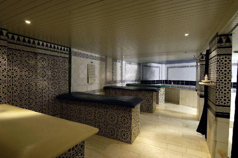Salle de gommage du Hammam Medina Center 19e